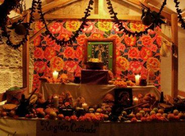 """Muestra de tradición y color en Oaxaca; """"Exhibición de Altares de Muertos de las Regiones del Estado"""""""