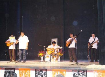 """Reconoce Ayuntamiento de Juchitán, Oaxaca, la trayectoria musical de Gonzalo Pineda """"Chalo bola"""""""