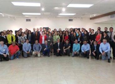 Evalúa personal consular políticas de protección a mexicanos en Estados Unidos