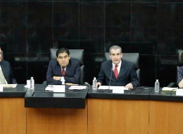 Pese a avances en democracia, aún existe en México un presidencialismo concentrador del poder: Barbosa Huerta