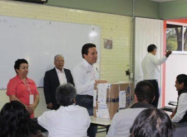 Realizan aspirantes examen de conocimientos para integrar Consejos Distritales en Oaxaca