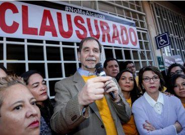 """""""Clausura"""" PRD simbólicamente la Conasami e insiste en que esta institución debe desaparecer"""