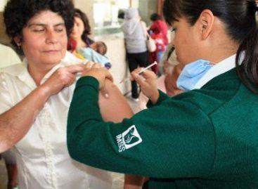 Refuerza IMSS vacunación antiinfluenza; Invitan a la población a que se aplique la dosis