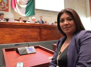 Exhorta Congreso al INE a ampliar número de módulos para solicitar o actualizar credencial de elector