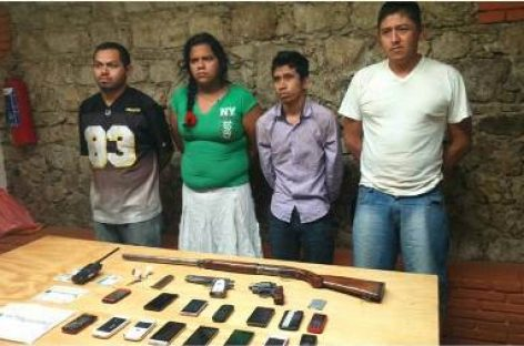 Detienen en Oaxaca a cuatro integrantes de presunto grupo delictivo buscado por autoridades de Veracruz