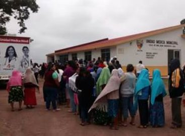 Otorga Unidad Médica Móvil de Pemex más de nueve mil servicios médicos en el Istmo