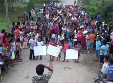 Entregan comuneros chimalapas a autoridades judiciales a dos personas retenidas desde diciembre