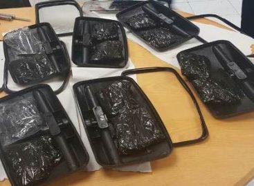 Intercepta Policía Federal en el AICM droga sintética oculta en espejos retrovisores para automotor
