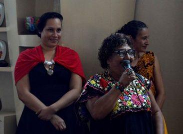 """Inician talleres """"Fortaleciendo el liderazgo de la mujer petista"""" en Oaxaca"""