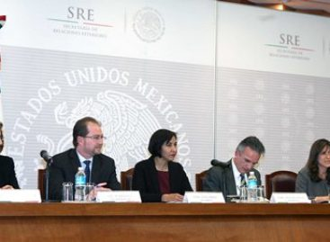 """Presentan en la SRE el libro """"México y el multilateralismo del siglo XXI"""""""