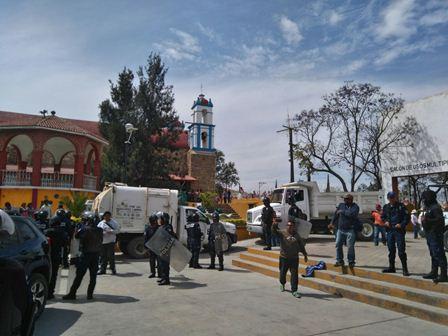 Operativo contra mototaxis en Atzompa