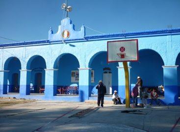 Lista la cancha para el torneo relámpago de basquetbol en Yucuñuti, Oaxaca