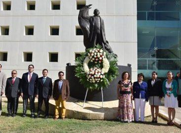 Conmemoran Legislativo y Ejecutivo el 210 aniversario del natalicio de Benito Juárez García