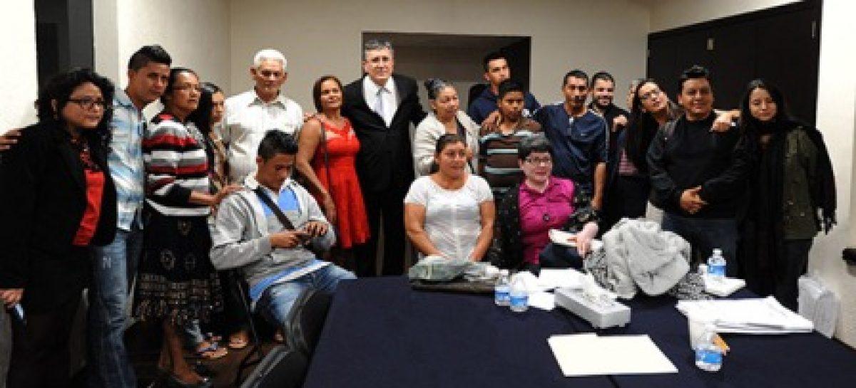 Recibe ombudsman nacional a familiares de víctimas migrantes de San Fernando, Tamaulipas