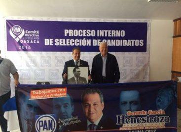 Se registra Gerardo García Henestroza como precandidato a la alcaldía de Salina Cruz, Oaxaca