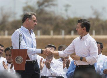 Discurso complaciente de Gabino Cué ante Enrique Peña Nieto