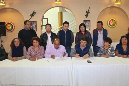 Signan el acuerdo laboral 2016
