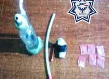Detenidos dos sujetos con 25 dosis de heroína y 10 grapas de cristal en Oaxaca