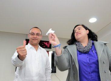 Presentan líquido indeleble a utilizarse en la jornada electoral del 5 de junio en Oaxaca