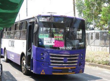 """Circulan autobuses """"piratas"""" de protegido del GCDMX sin placas aún en contingencia"""