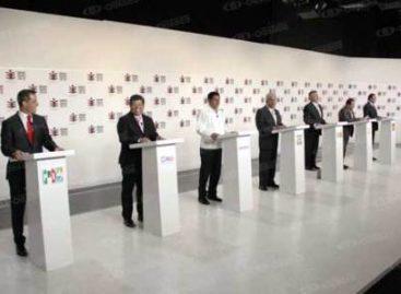 Debate de acusaciones mutuas, propuestas ilusorias y poco difundido
