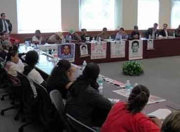 Encuentro de la canciller con familiares de los 43 estudiantes normalistas desaparecidos