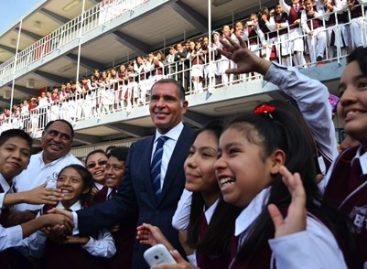 Llama Gabino Cué al magisterio cumplir a cabalidad calendario escolar y no afectar la educación de la niñez