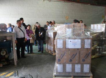 Reciben boletas de gobernador y diputaciones para elecciones del 5 de junio en Oaxaca