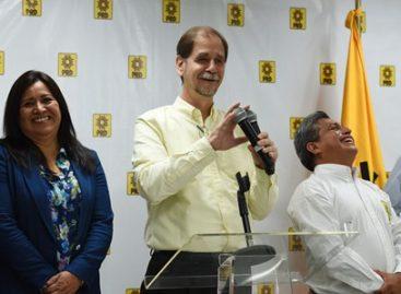 Anuncia Agustín Basave su renuncia a la presidencia nacional del PRD