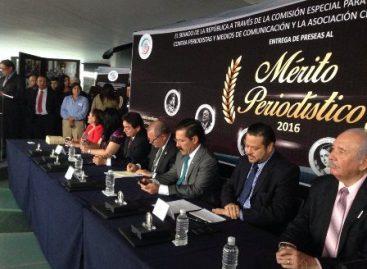 Condenan senadores y comunicadores asesinatos de periodistas