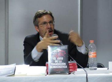 La Ley 3 de 3 es una cortina de humo, destaca Ackerman en el Librofest 2016