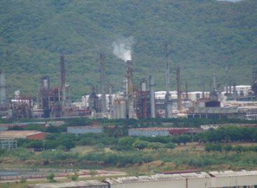 Falla eléctrica provoca paro de planta en la refinería de Salina Cruz, Oaxaca