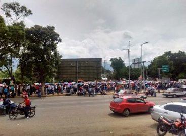 Conflicto magisterial ahonda crisis económica en Oaxaca