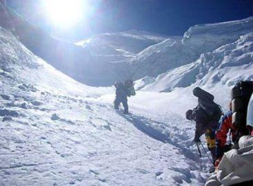 Confirman fallecimiento de dos alpinistas mexicanos en la montaña Huascarán, Perú