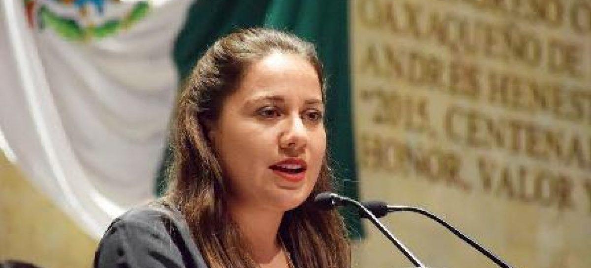 """Urgente frenar casos de """"sexting"""" por vulnerar derechos humanos de la mujer: Díaz Jiménez"""