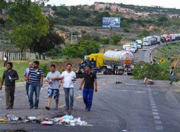 Dialoga subsecretario de Gobernación con heridos y familias de víctimas en Nochixtlán, Oaxaca