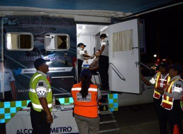"""Fortalece Policía Vial de Oaxaca """"Alcoholímetro"""" durante Operativo Guelaguetza 2016"""