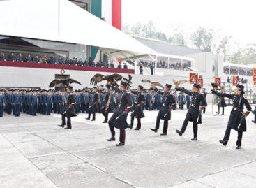 Se gradúan Cadetes del Heroico Colegio Militar y la Escuela Militar de Oficiales de Sanidad