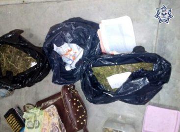 Durante cateo en Juchitán de Zaragoza detiene SSPO a dos sujetos con drogas y armas
