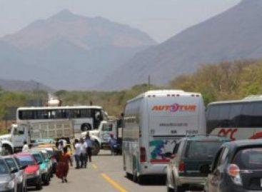 Reporta CNS cortes a la circulación en ocho puntos carreteros de Oaxaca