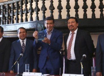 Necesario redefinir debate político y privilegiar contenidos durante las campañas: Carrasco Daza