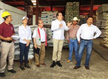 Suma de voluntades entre sociedad  y gobierno federal fortalece abasto en Veracruz: Valle Pereña