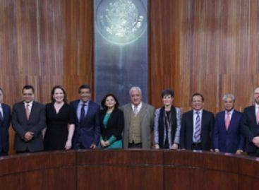 Se reúnen magistrados entrantes y salientes en el Tribunal Electoral Federal