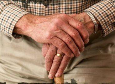Llama Senado al Ejecutivo a firmar Convención sobre protección de derechos de personas mayores
