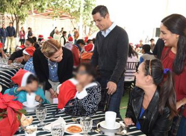 Conviven gobernador y esposa con niñas, niños y adolescentes del sistema DIF Oaxaca