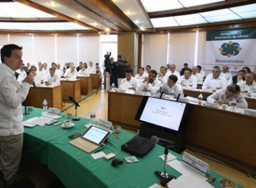 Revisan director, delegados y titulares de unidades médicas de alta especialidad avances y retos del IMSS