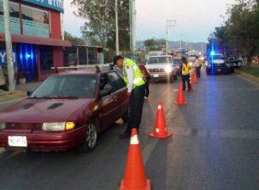 Arrestan a 10 conductores en estado de ebriedad durante Operativo Alcoholímetro