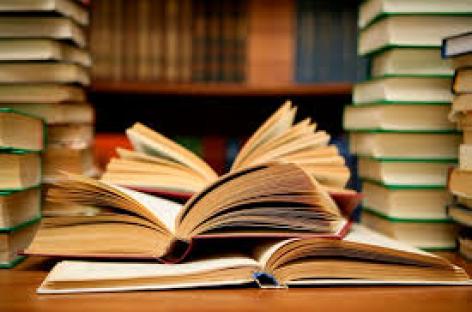 Rector de la UABJO y titular de Seculta indiferentes ante libro censurado