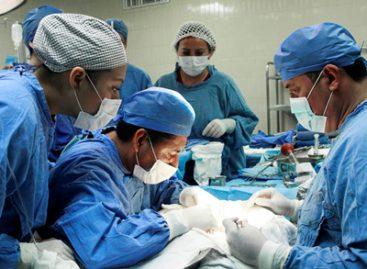 Realizan especialistas del IMSS siete trasplantes renales en 72 horas