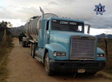 Aseguran autotanque en el Istmo de Tehuantepec